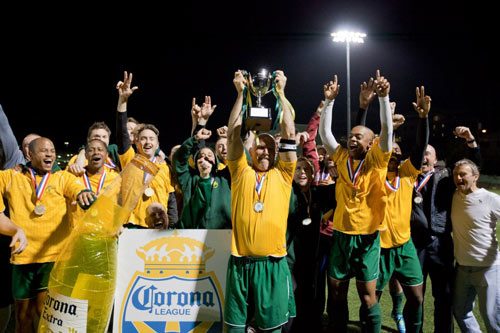 Robin Hood celebrate their league triumph. *Photo by www.moongateproductions.com