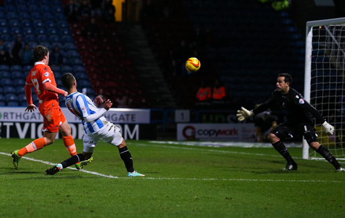 Nahki Wells scores in the dying minutes on his debut! *Photo courtesy of Twitter @htafcdotcom